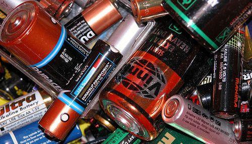 Pilas: energías contaminantes, ¿cómo contaminan las baterías?