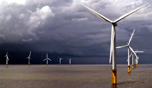 Cantabria pretende liderar la investigación y el desarrollo en la energía eléctrica con molinos de viento en el mar