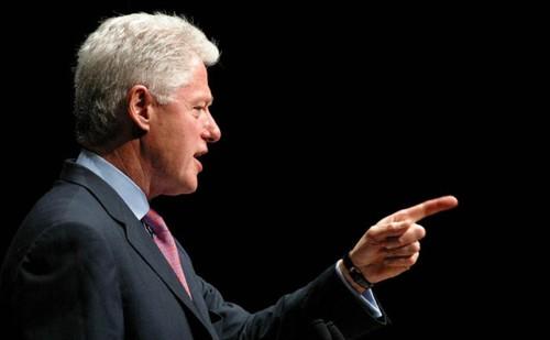 Bill Clinton reconoció en España que las energías limpias costaron puestos de trabajo