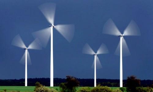 Adjudican 32 contratos para generar energías renovables en Argentina