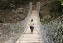 Puente sobre el rio Yorola