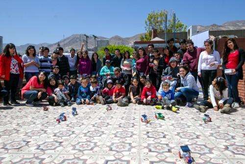 Niños de Fundación Teletón realizan su primera experiencia en el Taller Solar