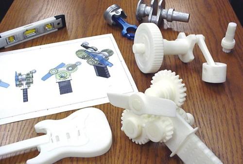 Objetos realizados con botellas de plástico