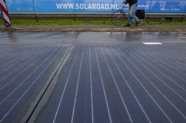 """""""SolaRoad"""": donde andar en bicicleta produce energía solar"""