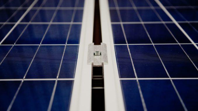 Aprendiendo a fabricar una celda solar en casa