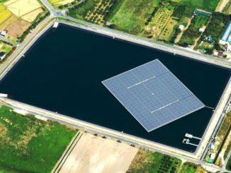 Paneles solares flotantes