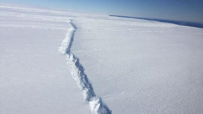 Glaciar Antártico - Grieta