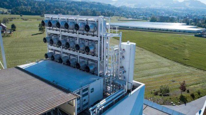 Climeworks, una empresa suiza, ha abierto una instalación que puede extraer CO2 de la atmósfera y revenderlo.