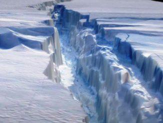 El iceberg más grande del mundo vendrá del desprendimiento de la plataforma Larsen C.