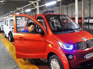 China dificulta la producción de automóviles de combustibles fósiles