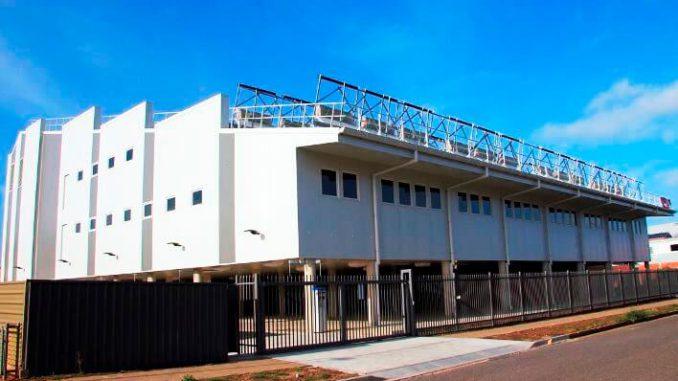 Fluid Solar y su edificio de oficinas híbrido