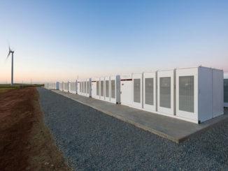 Elon Musk cumple su promesa de contruir la batería más grande del mundo en menos de 100 días en Australia Meridional