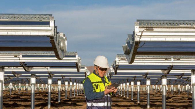 Apple y invierte en energía limpia en China