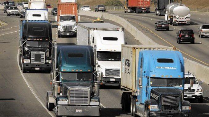 Camiones grandes mayores culpables de la polución del aire en carreteras