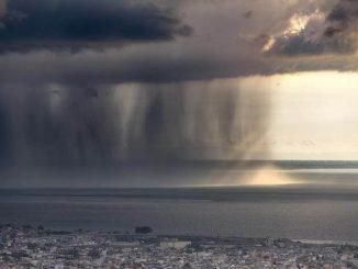 La mitad de precipitación anual de la tierra cae en solo 12 días