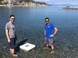 Convertir el agua de mar en agua potable a bajo costo con energía solar.