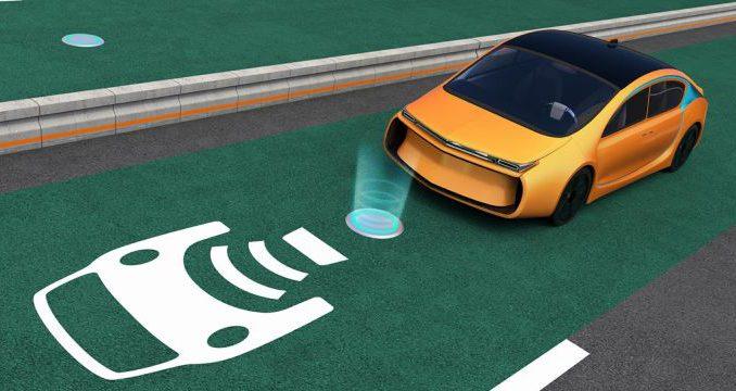Noruega instalará las primeras estaciones inalámbricas de carga de automóviles eléctricos para taxis de Oslo.