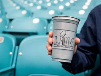 Vasos de aluminio para el Super Bowl LIV