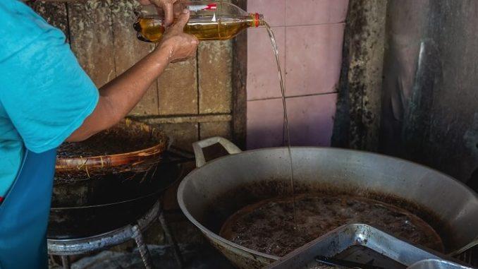 Productores de biodiésel preocupados por la merma de suministro de aceite usado UCO